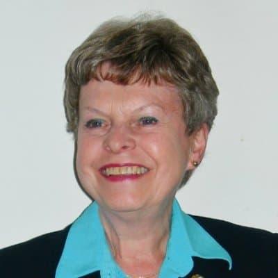 Christine MacNulty